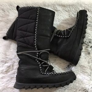 North Face Slip On Tall Winter Boots